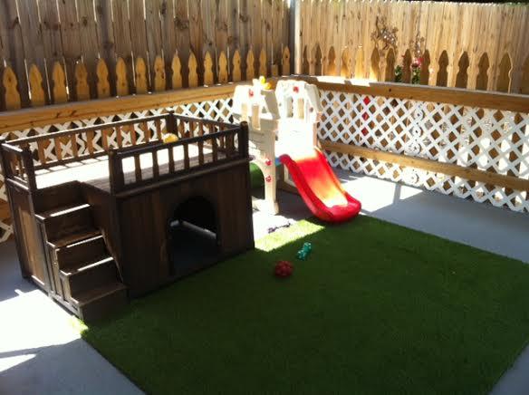 Play area salon de chien for Salon des chiens